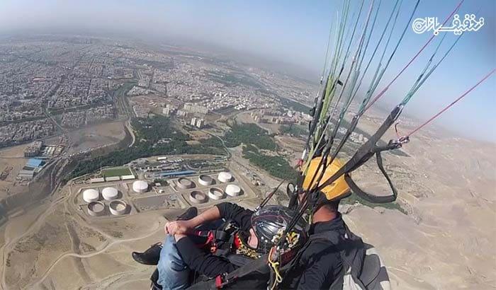 ماجراجویی با پرواز با پاراموتور همراه با خلبان شفیعی